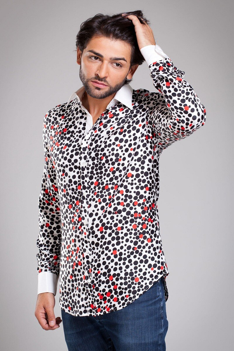 Pánská bílá hedvábná košile Dolce   Gabbana s puntíkovaným vzorem ... 7f1bdde109