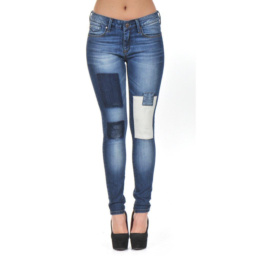 e57491c31d63 Dámské modré džíny se záplatami Giorgio Di Mare