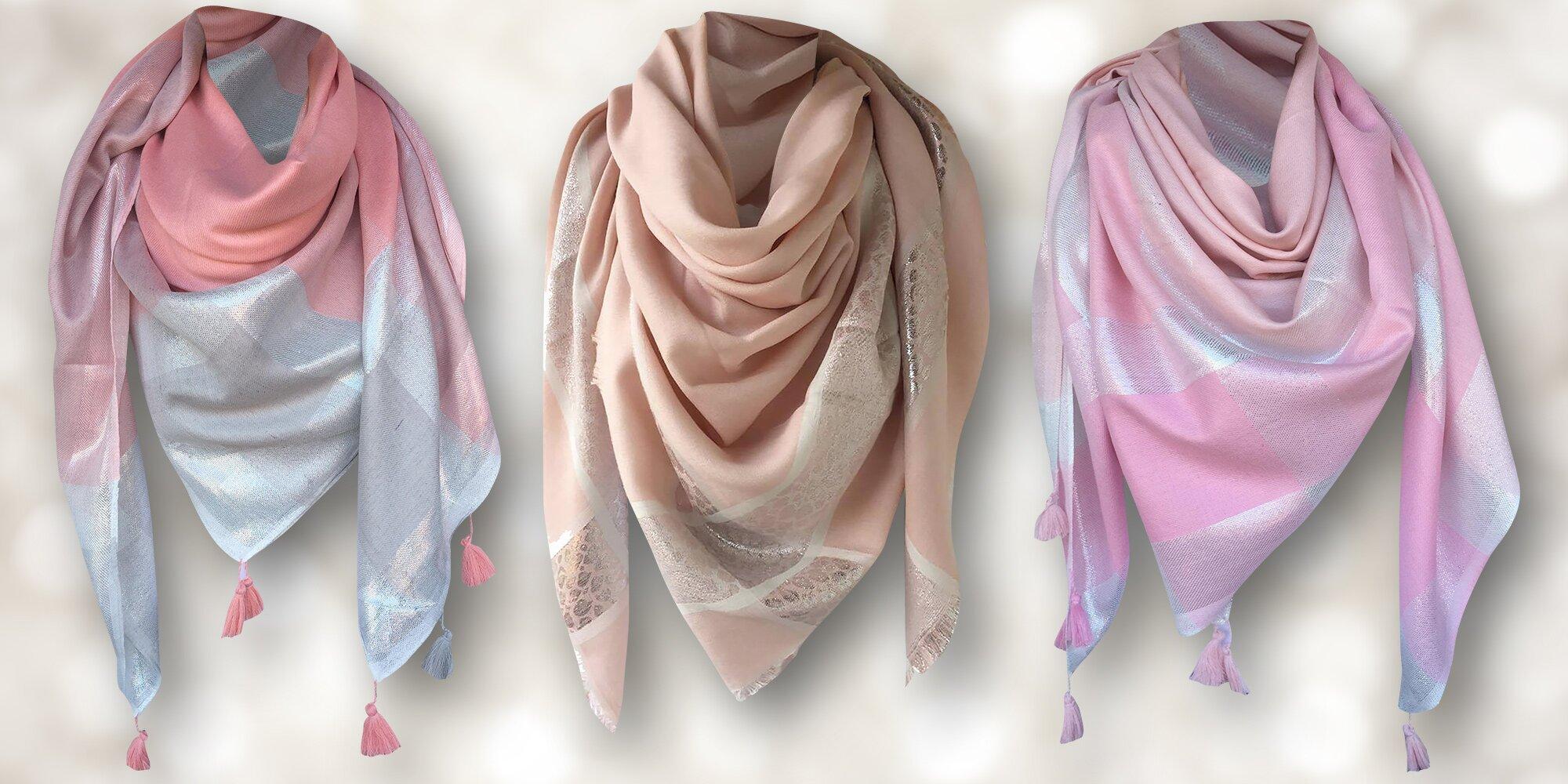 84d21246bf7 Dámský lehký šátek s aplikací stříbra