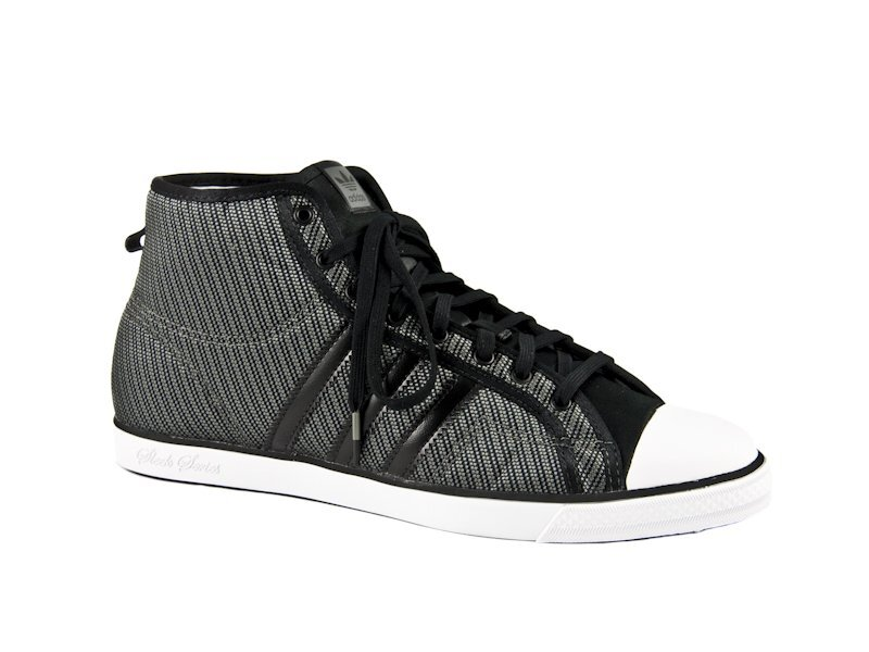4cf31f5094b Dámské šedo-stříbrné kotníkové tenisky Adidas Originals