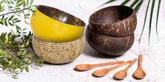 Přírodní kokosové misky, příbory i brčka z Vietnamu