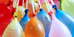 Balení balónků pro fantastickou vodní bitvu