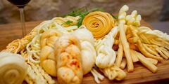 Sýrové balíčky na raut i gril: korbáčiky i parenica