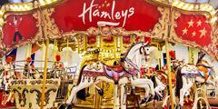 30% sleva na atrakce či zboží v hračkářství Hamleys