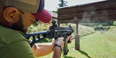 Střelecké balíčky: až 155 nábojů, lze využít ve dvou