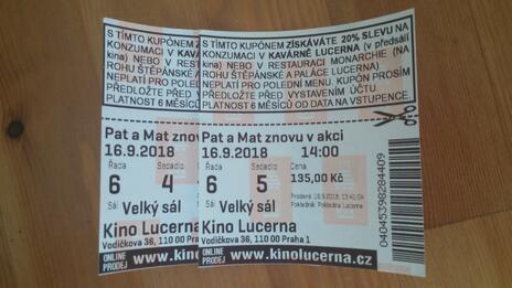 1dd745f46 Hodnocená nabídka: 2 vstupenky do Lucerny na Pat a Mat znovu v akci