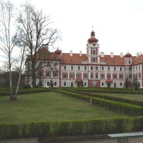 Zámek Mnichovo Hradiště