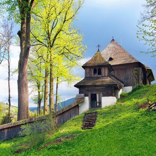 Leštiny - drevený artikulárny kostol