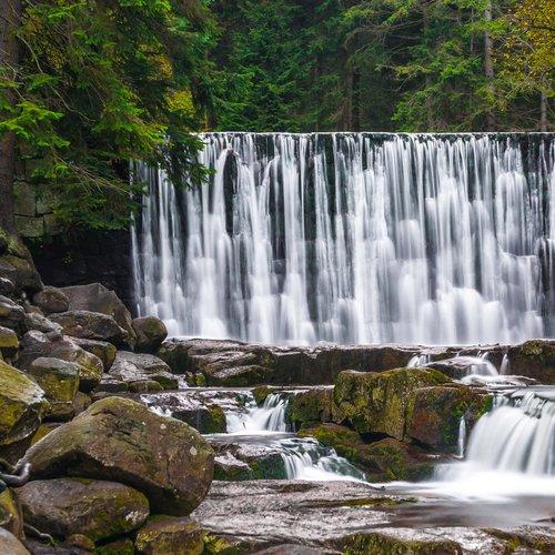 Divoký vodopád