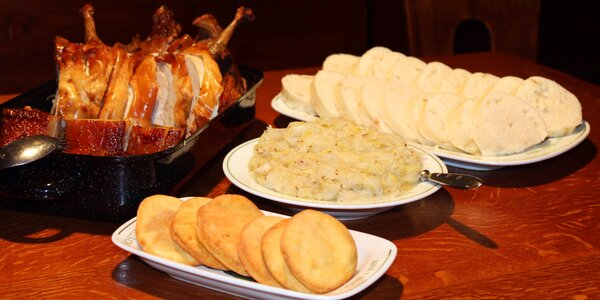 Balounův pekáč až pro 6 os.: 4600 g masa a přílohy