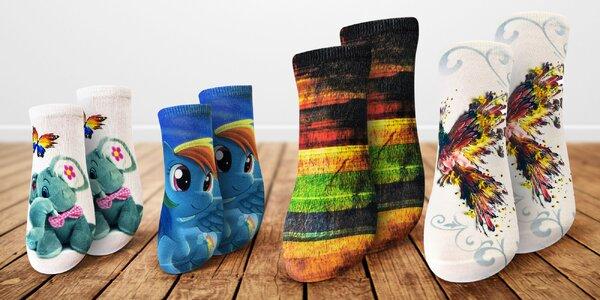 Dámské i dětské ponožky s barevným 3D potiskem