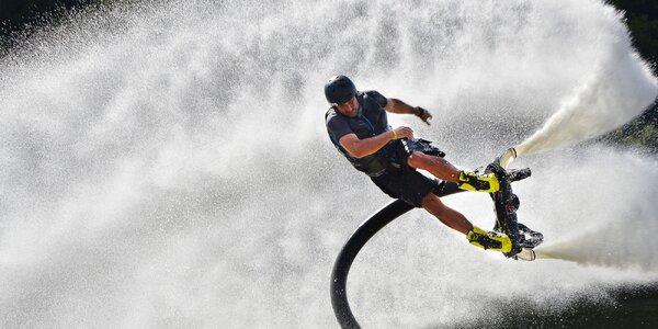 15min. let na flyboardu, hoverboardu či jetpacku