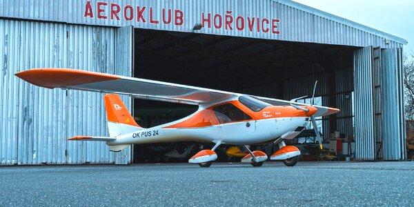 Let v ultralightu nad Karlštejnem a Velkou Amerikou