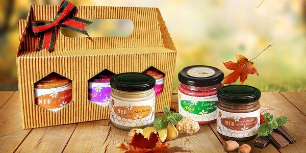 Prvotřídní pastovaný med s jahodami i propolisem