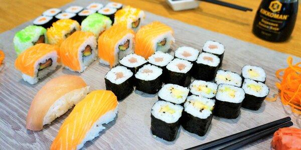 Lákavé sushi sety s lososem, avokádem i kaviárem