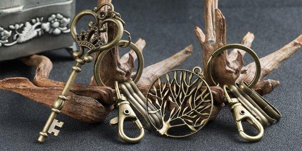 Elegantní retro klíčenky s dárkovým pytlíkem