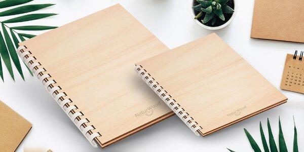 Dřevěný zápisník české výroby s vlastním designem