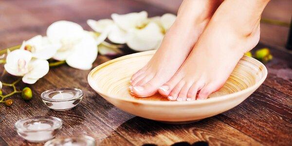 Kompletní pedikérská péče vč. masáže nohou