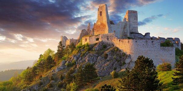 Dovolená u Čachtického hradu pro pár i rodinu