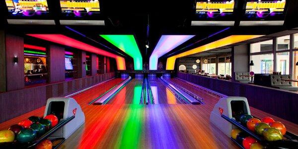 Hodina bowlingu vč. tataráku nebo pití pro partu