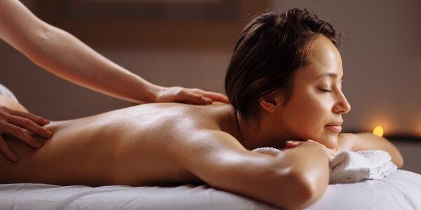 Hřejivá olejová nebo uvolňující sportovní masáž
