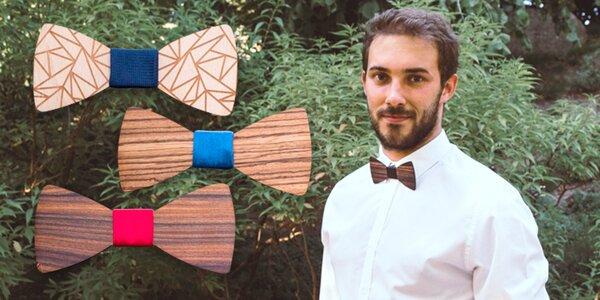 Dřevěné motýlky z ebenového i olivového dřeva