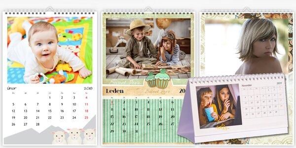 Nástěnný nebo stolní fotokalendář