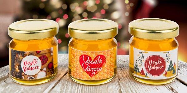 Dárkové medy z Beskyd s vánočními etiketami