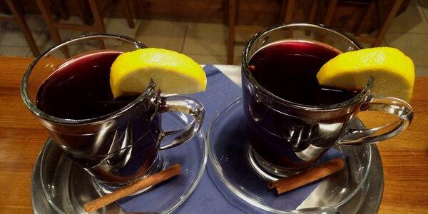 Svařené víno či horký nápoj dle výběru pro dvě osoby