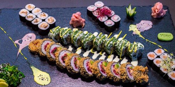 Sety se sushi, polévkami a kuřecím teriyaki