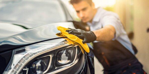 Profesionální ruční mytí exteriéru i interiéru auta