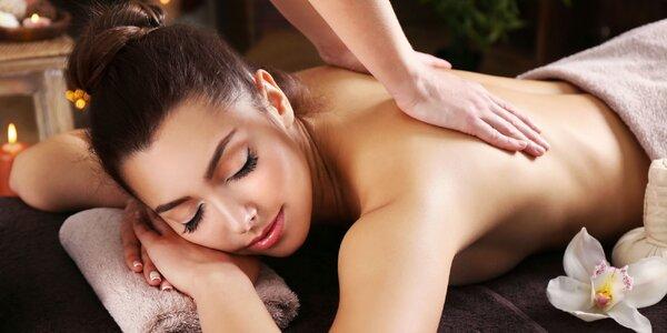 Předsváteční odpočinek: thajská masáž zad a šíje