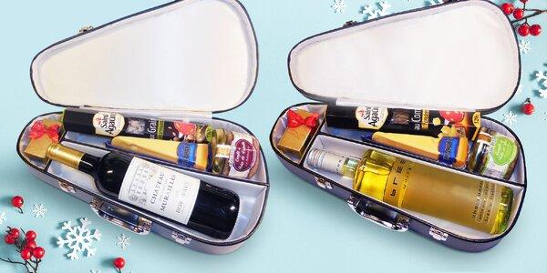 Houslové pouzdro s vínem, paštikou a dalšími dobrotami
