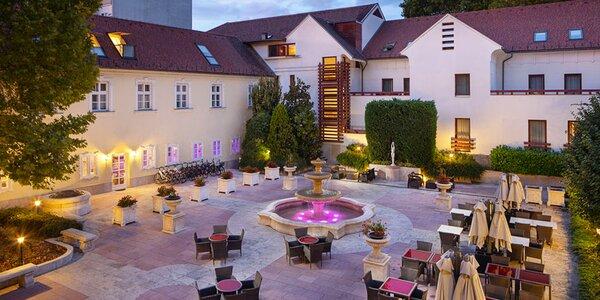 Víkend v nejstarším hotelu v Maďarsku pro dva