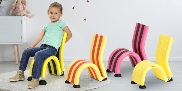 Hravé molitanové židličky různých barev pro děti