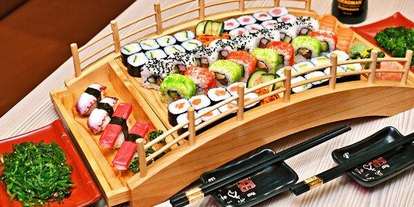 Sushi sety v restauraci Yosoki s 25–60 rolkami
