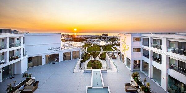 Elegantní 5* hotel na Rhodosu: all inclusive, bazény
