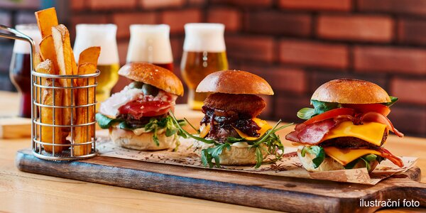Burger s prkénkem řemeslných piv pro 1 i 2 os.
