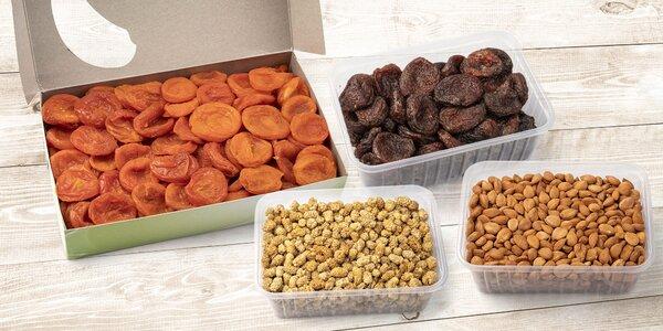 Přírodní mlsání: meruňky i moruše sušené sluncem