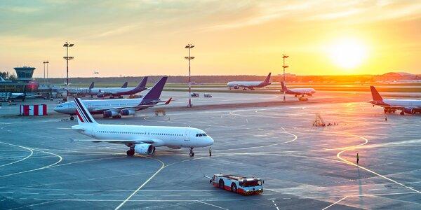 Jak to chodí na letišti: check-in, bezpečnostní kontrola i jídlo v letadle