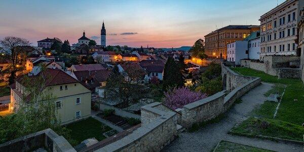 Ubytování v hotelu se snídaní 4 km od Terezína