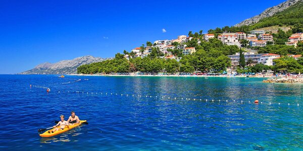 8 dní na Makarské: vila s polopenzí, pláž 250 m