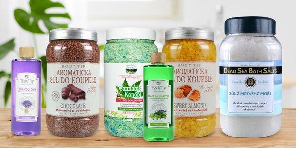 Lázeň plná vůně: koupelové soli i pěnivé přísady