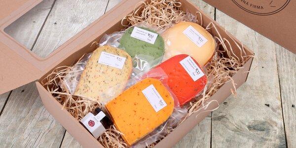Balíčky sýrů s brusinkovým i fíkovým dipem