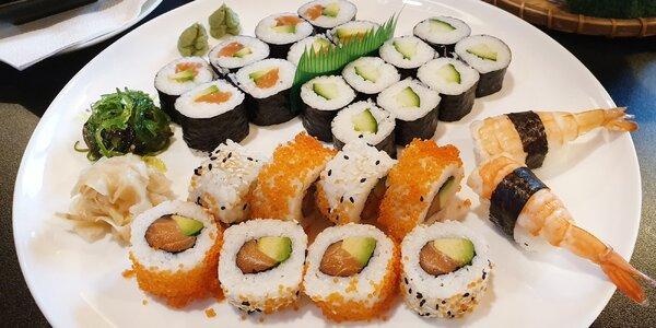 Sushi sety s lososem, úhořem, krevetami i avokádem