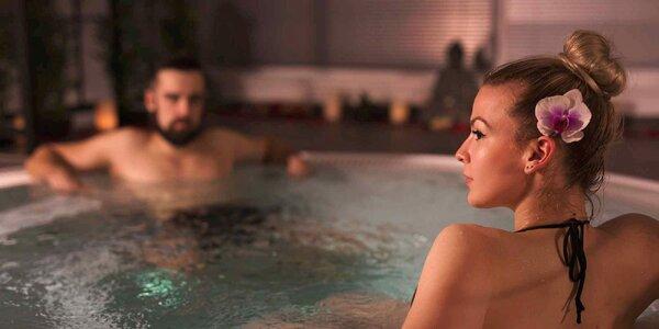 Privátní vířivka se saunou, masážemi i lahví sektu