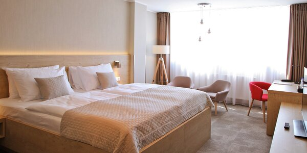 4* hotel v Jičíně se snídaní a wellness
