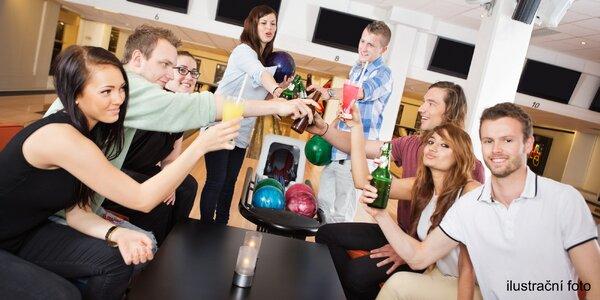 1 hod. bowlingu a 4 drinky podle výběru