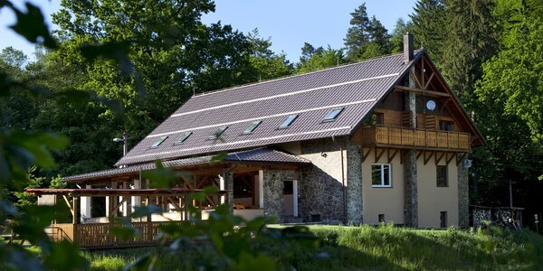 Pěkná turistická chata na Slovácku s polopenzí