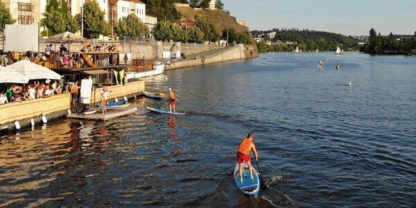 Paddleboarding v centru Prahy pro 1 i 2 osoby